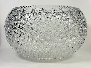 Huge-Cut-Crystal-Punch-Bowl-Buttons-and-Daisies-Design