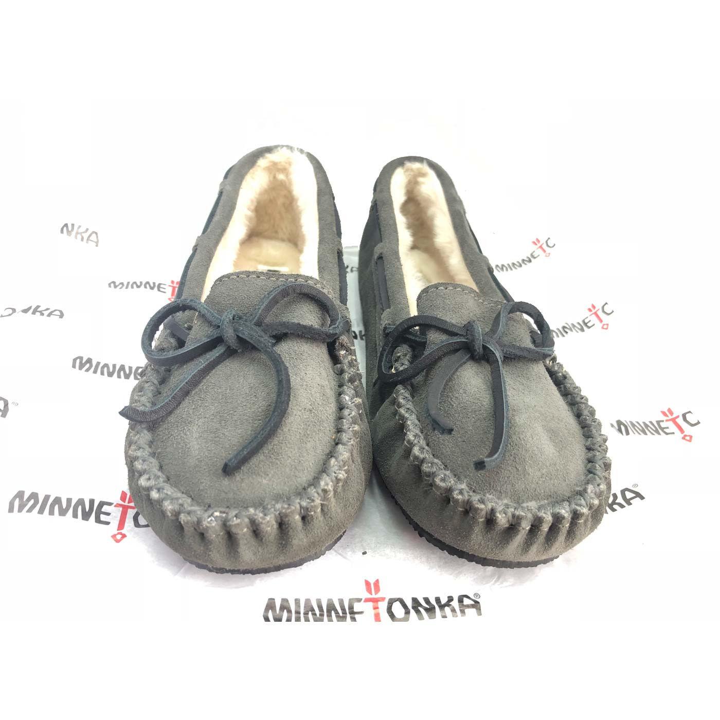Minnetonka Women's Cally Slipper Moccasin - Grey Grey (9US)