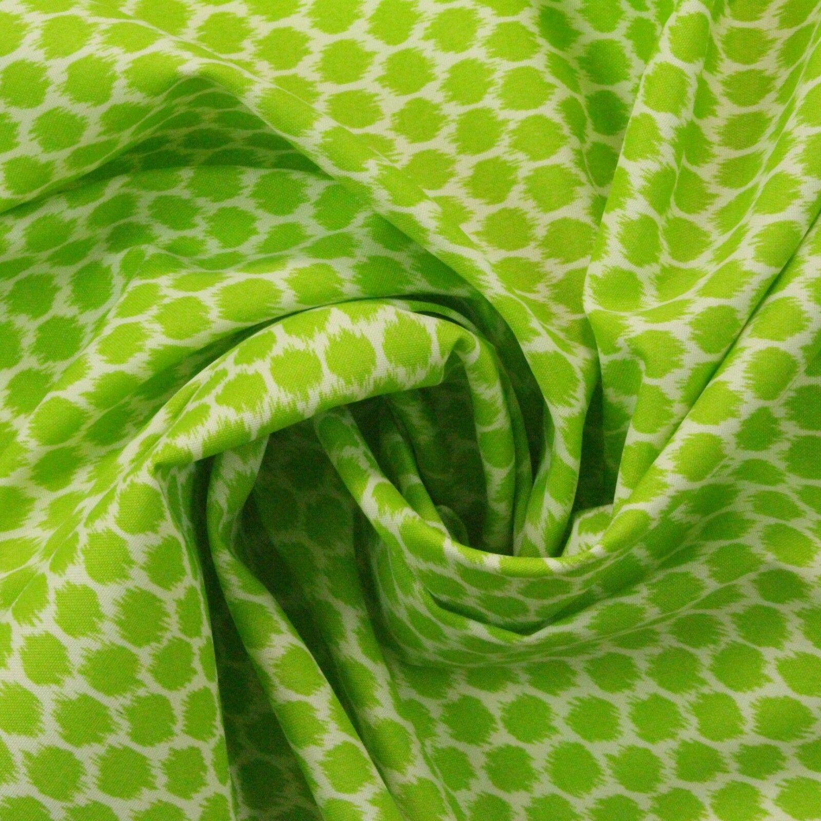 "WAVERLY SEEING SPOTS MINT JULEP LIME GREEN OUTDOOR INDOOR FABRIC BY YARD 54/""W"