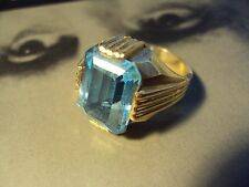 14K Yellow Solid Gold Ring W/Blue Stone Total Weight  10.9 Grams Size 10