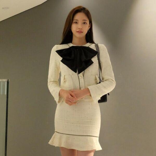7d91639a21ad Elegante Dimensioneur completo donna beige nero giacca manica lunga gonna  9024