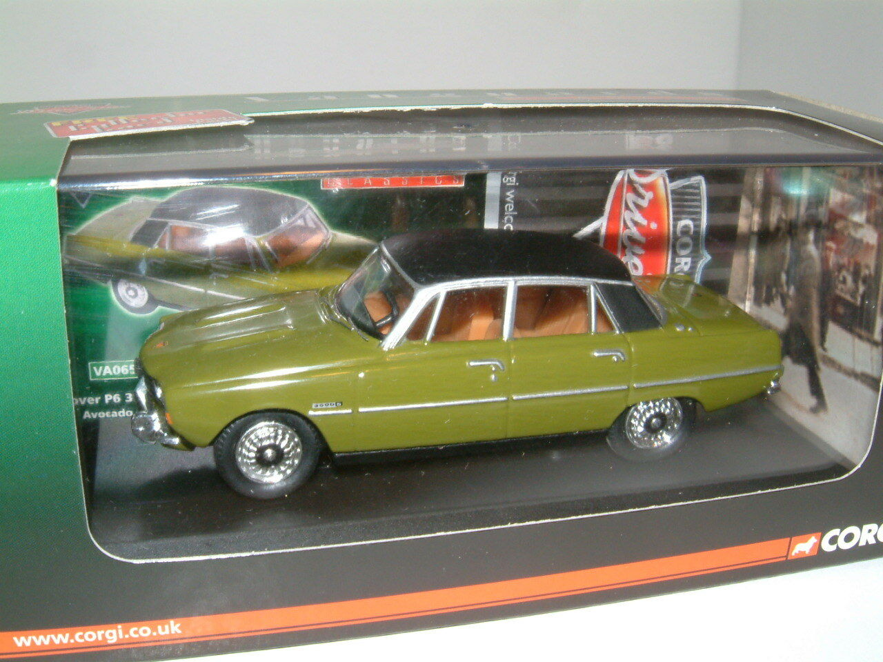 1  43 ROVER P6 3500 S V8 'AVOCADO GREN '.KORGI