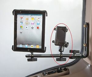 Genuine-John-Deere-Mobile-Phone-Holder-BRE10015-I-Phone-Samsung-LG-Tractor