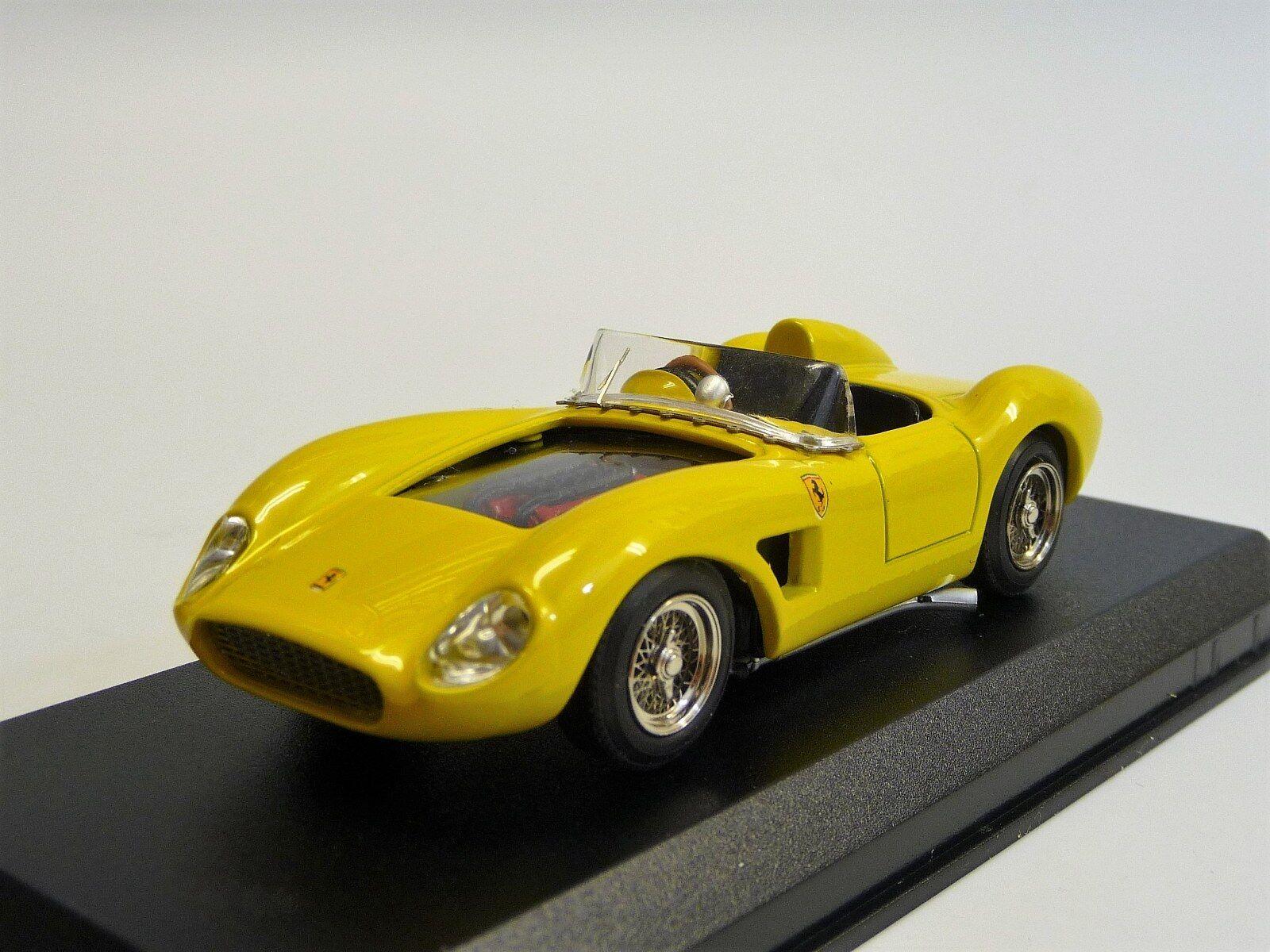 Ferrari 500 TRC 1956 Jaune ART MODEL art015 NEUF dans neuf dans sa boîte 1 43