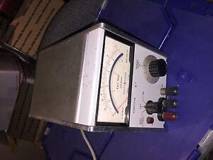 HP Hewlett Packard Volt Meter, electronic me 260B/u