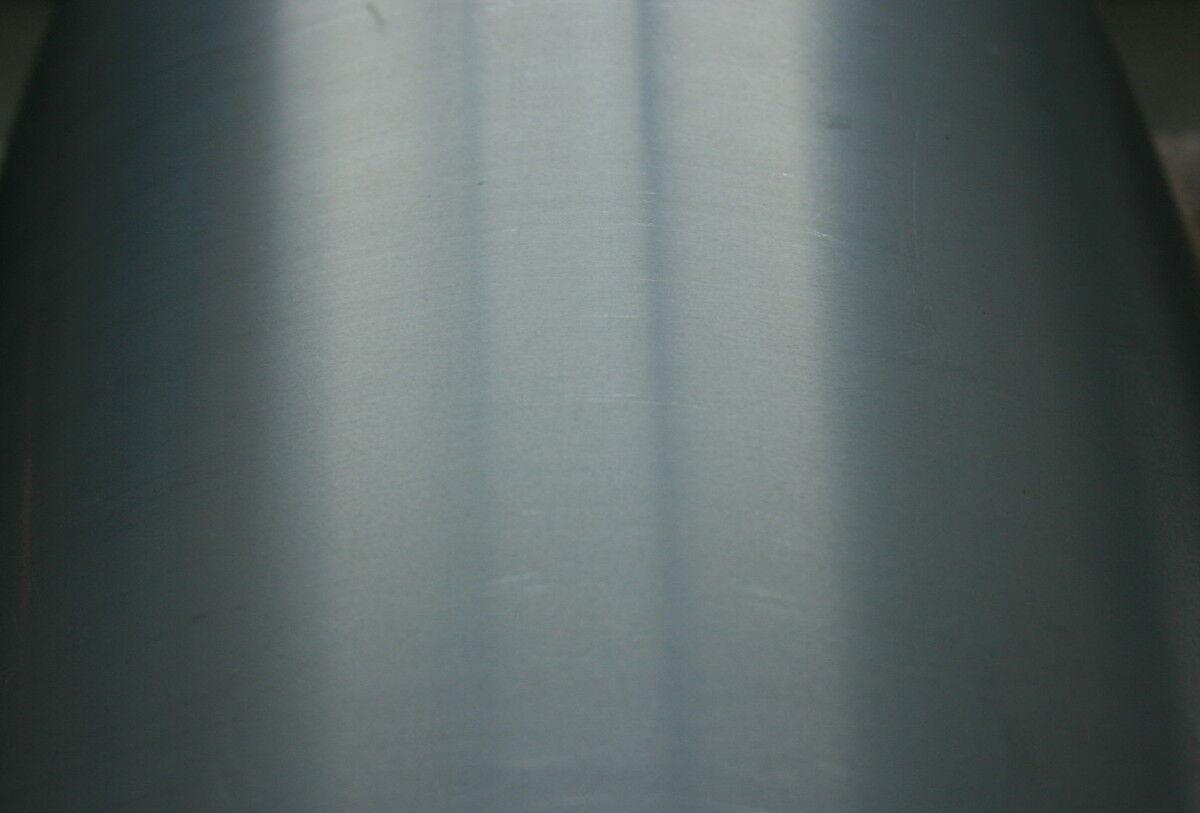 2 m² Edelstahl-Uginox 0, 50 mm stark in Streifen.