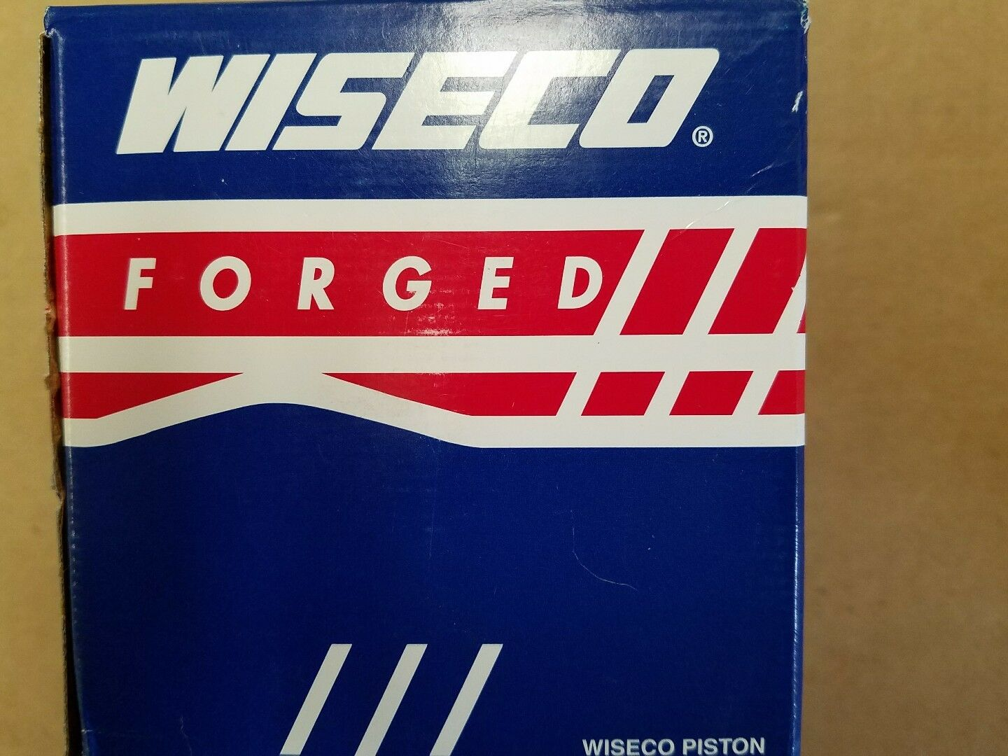 NIB Johnson Evinrude Wiseco 3128P2 Piston Kit .020 Crossflow 2 Cylinder Outboard