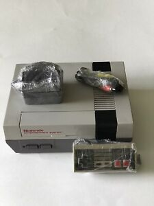 Nintendo-NES-Action-Set-Gray-Console-with-Quick-shot-QS-126