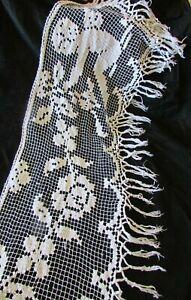 Pretty-Antique-French-Long-Handmade-Cherub-Cotton-Crochet-Shelf-Trim-c1900s