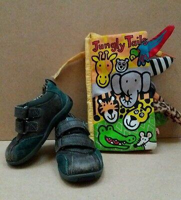 Clarks Zapatos Marrones Tamaño Infantil 4 con primer Libro Suave Zapatos Bebé Zapatos < J1827