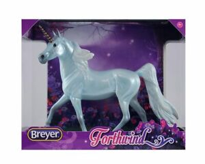 Breyer-Classics-Forthwind-Unicorn-Toy-Horse-New