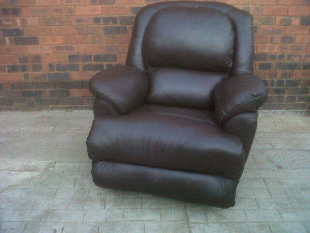 Cheap Newly Made Recliners
