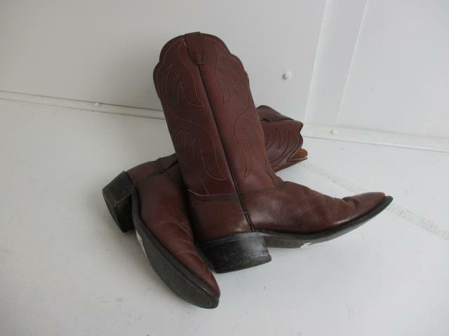 MENS COWBOY   WESTERN BOOTS SIZE 7M GOOD CONDITION REF B1022