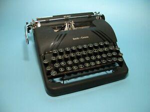 Smith Corona Silent 1945 Typewriter – 4S Serial Number