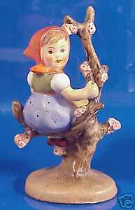 Lovely Hummel #141 3/0 Apple Tree Girl TMK-2 A. Moeller