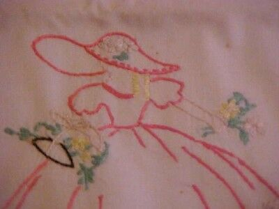 Vintage New- 2 Pillowcases--Dresser Runner--2 Doilies-Artfully Embroidered -SOUTHERN BELLE Matching Set Full Cotton Flat Sheet Never Used