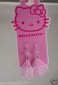 Hello-Kitty-dangle-feather-earrings-pink-white-cute-Sanrio