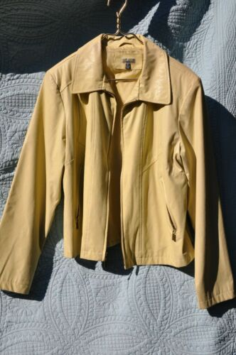Giacca Women's Champagne Yellow Rain Coat Waist Co