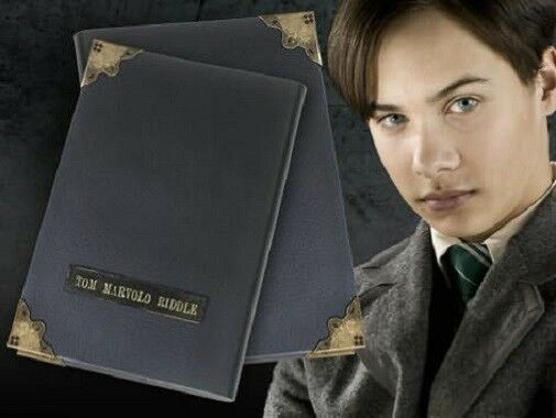 HARRY POTTER OFFICIAL TOM RIDDLE VOLDEMORT PROP REPLICA LEATHER DIARY XMAS GIFT