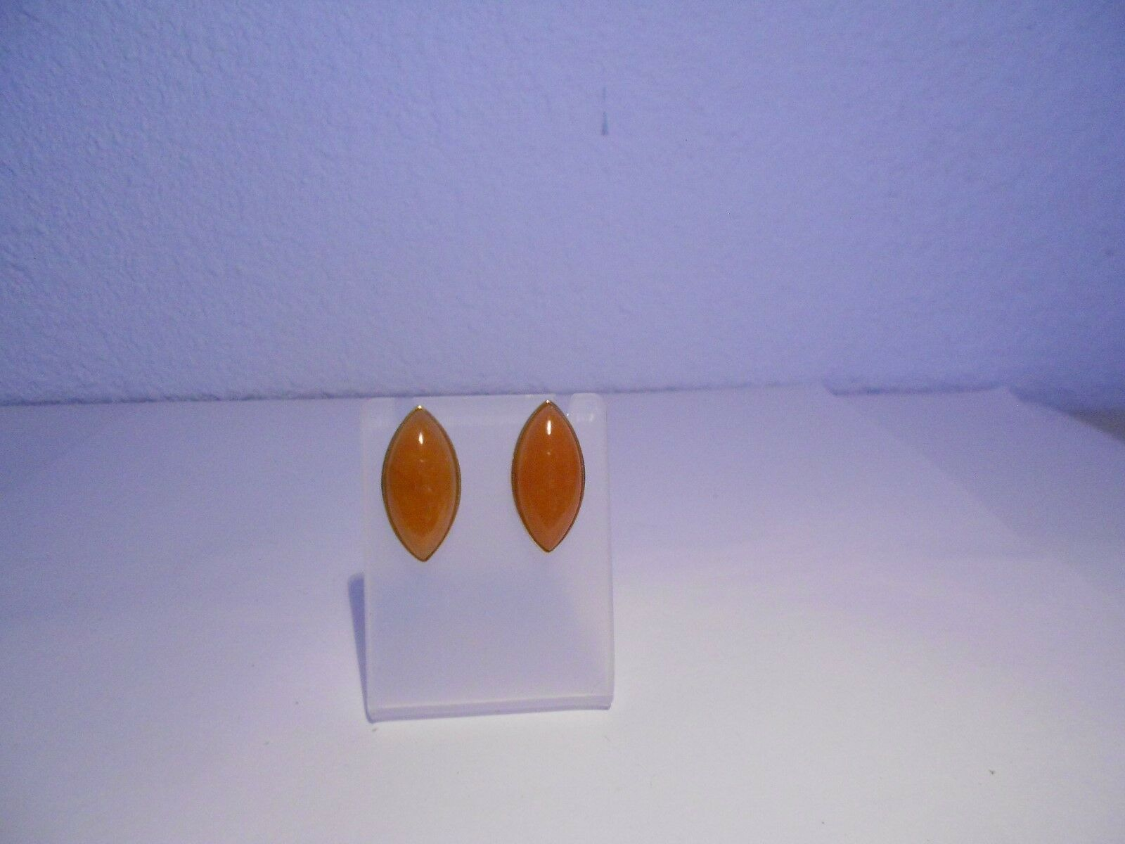 Marquise red jade stud earrings 14kt gold
