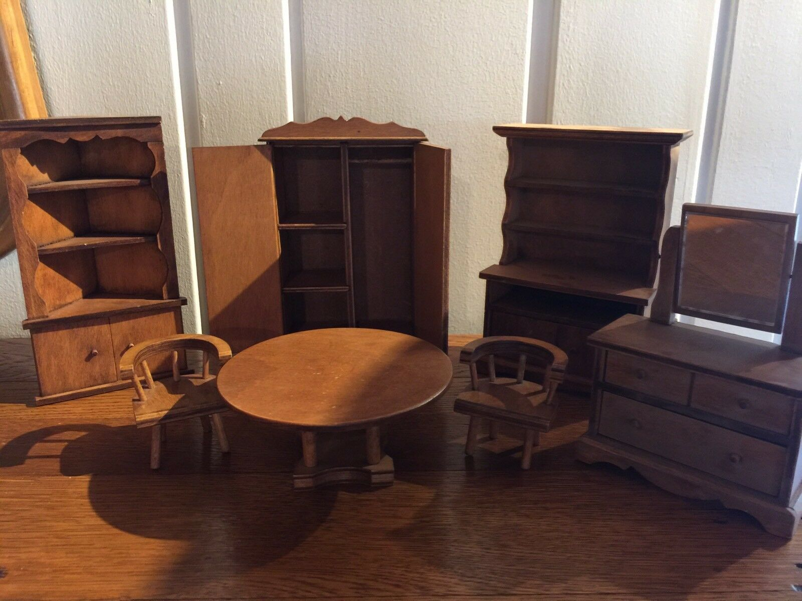 Vintage Hall's Dollhouse Furniture 7 Pieces Wooden