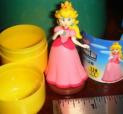 Furuta Choco Egg Super Mario Bros. Wii Princess Peach Mint in Egg US Dealer
