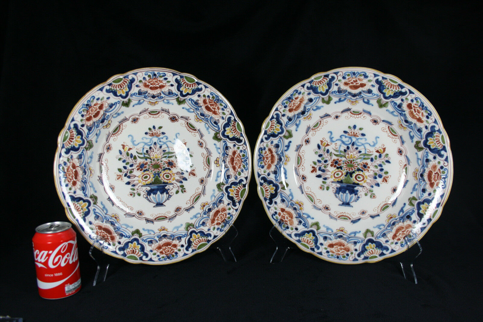 A pair of large Royal Tichelaar multi-colourot chargers
