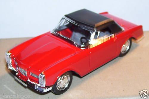 MINIATURE AUTO MADE IN FRANCE FACEL VEGA FACELLIA 1962 SOLIDO IN BLISTER BOX