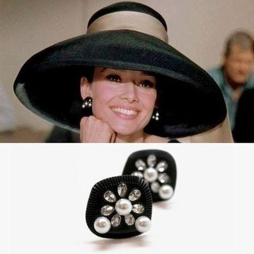 Earrings, Audrey Hepburn Breakfast at Tiffany's, Black with Pearls, Rhinestone
