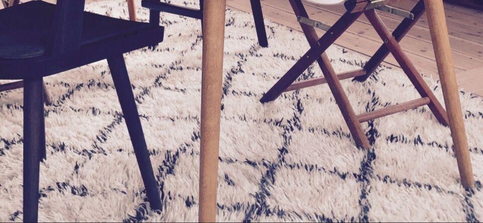 Gulvtæppe, ægte tæppe, Uld tæppe