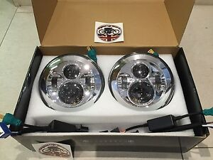 7-034-Inch-LED-HEADLIGHT-PAIR-Land-Rover-Defender-DOT-SAE-E-Approved-CHROME-734C