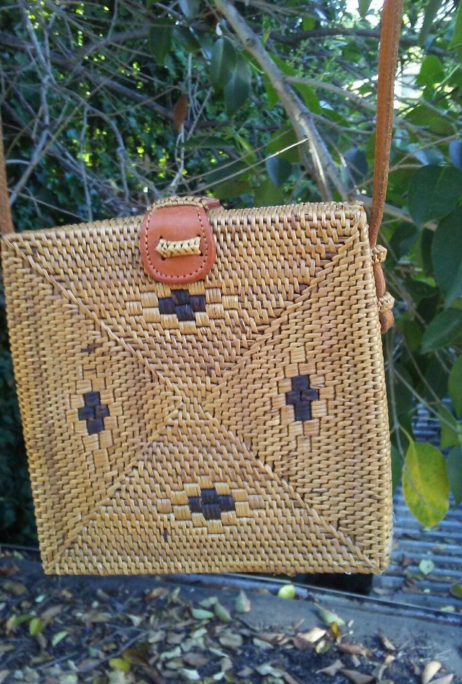 Ethnic crossbody square rattan bag bali design  6 × 6