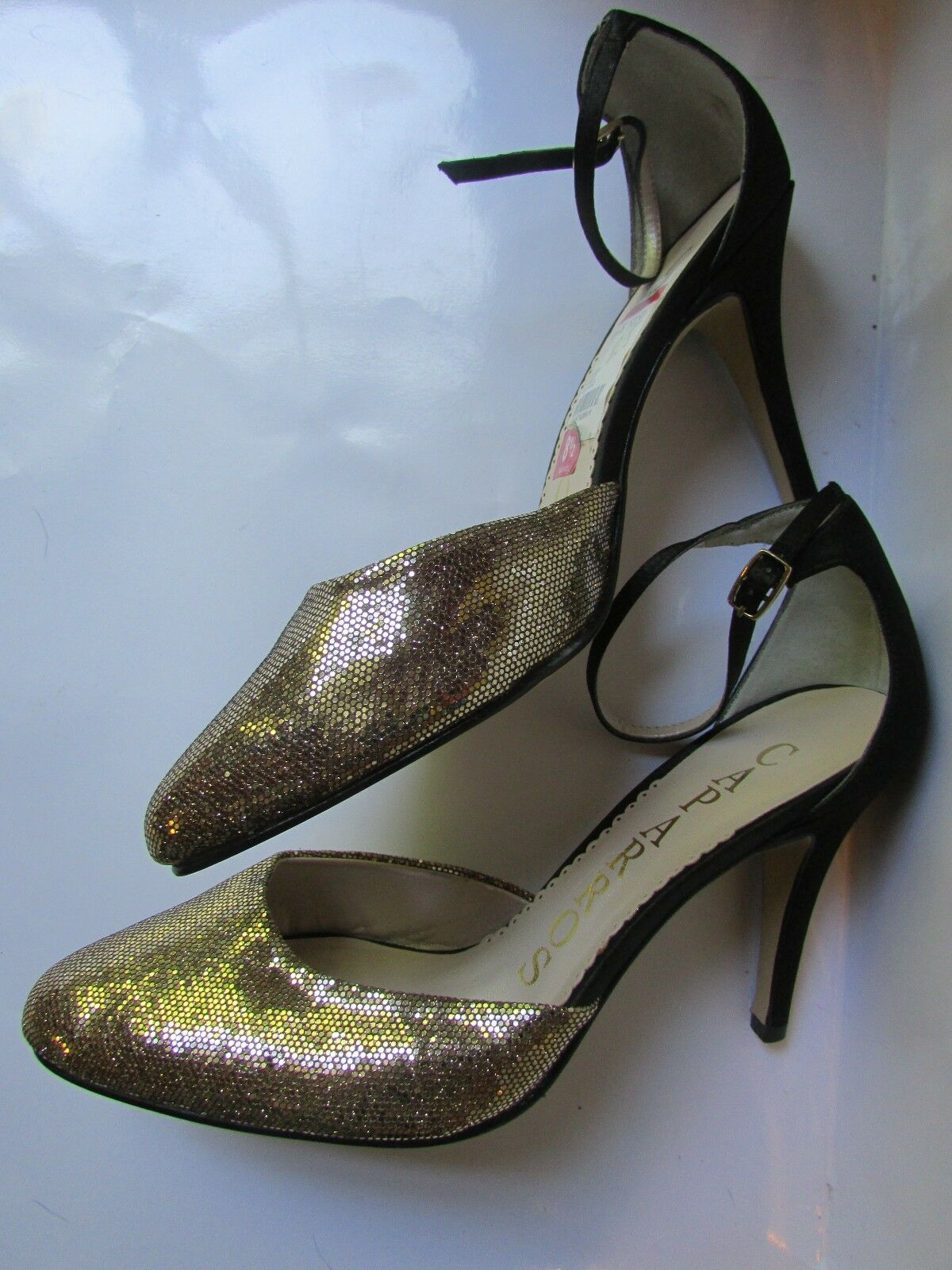 Caparros Cassidy Evening Pumps Mercury Lustre Black gold Womens 8.5 NWOB
