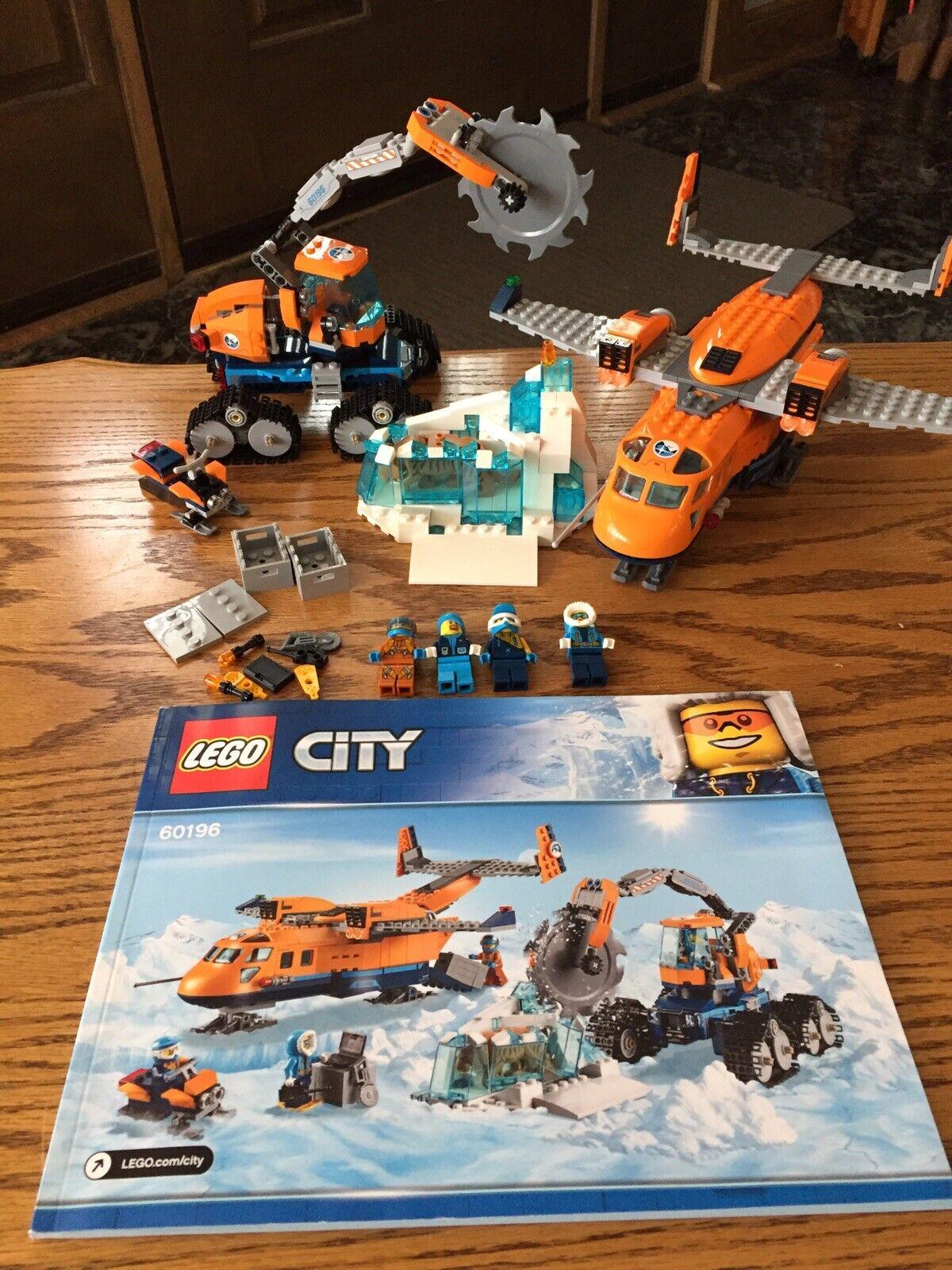 Lego City 60196 Arctic Supply Plane Sabertooth Tiger eskimos explorer 100% w box