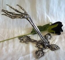 ALCHEMY GOTHIC LITTERNERE SKELETON HAND PEWTER JEWELLERY RING & NECKLACE STAND