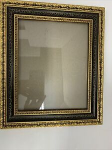 Victorian-Wood-Picture-Frame-Gilded-Gold-Black-Ornate-Holds-8-x10-Photo-Wall