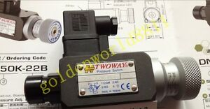 NEW TWOWAY pressure switch DNA-040K-22B good in condition for industry use