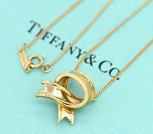 TIFFANY-amp-Co-Bow-Ribbon-Pendant-Necklace-18k-Yellow-Gold-v1806