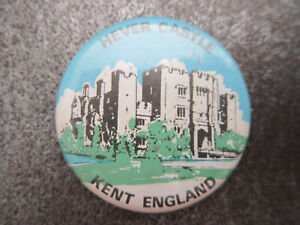 Hever-Castle-Pin-Badge-Button-Souvenir-Tourist-L1B