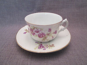 Belle tasse et sous-tasse à thé ancienne en porcelaine LQKErI6i-09120753-644425177