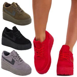 c3a9cf5b394f70 Caricamento dell'immagine in corso Sneakers-donna-scarpe-ginnastica-zeppa- platform-stringate-scamosciate-
