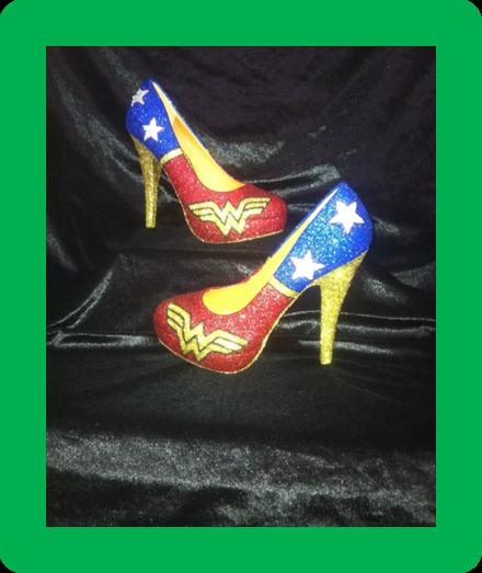 * * * DC Wonder Woman Chaussures/talons * * * UK Tailles 2.5 - 8 * * *