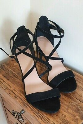 ladies black heels size 6