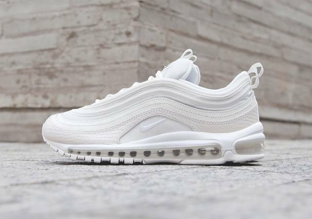 sports shoes f6ce4 6c62f 2017 Nike Air Max 97 Retro Summit White Snakeskin OG Retro Size 11. 921826-