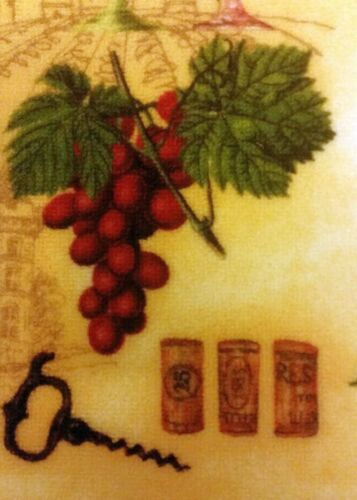 """Soho nonskid back 18/"""" x 28/"""" PRINTED KITCHEN RUG WINE WITH CORKS /& GRAPES"""