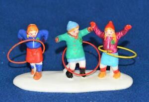 Vintage 1998 Lemax Porcelain Hearthside Village 3 GIRLS w HULA HOOPS Accessories