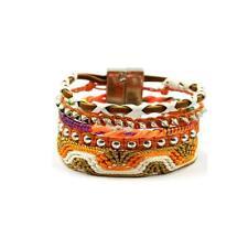 Bracelet brésilien tendance . Fermoir magnétique. 18 cm