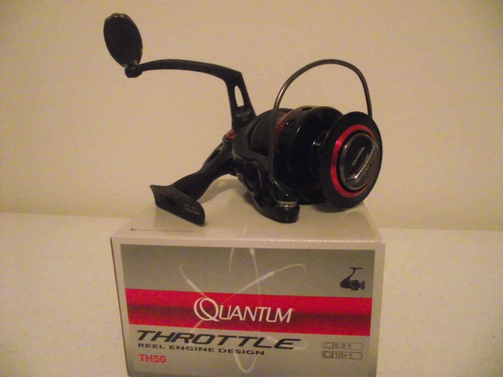 Quantum Thredtle  TH50 Spinning Reel  New in Box  big discount