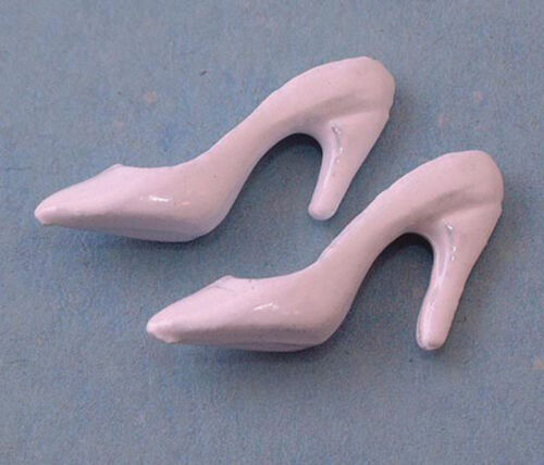 For Display Only Dolls House Miniature 1//12th Scale Ladies White Shoes D1437