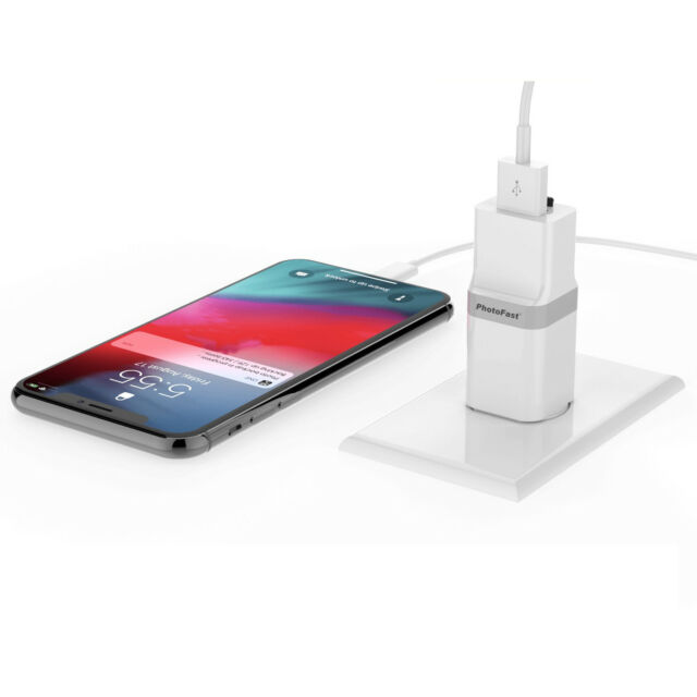 PhotoFast PhotoCube auto Charge Backup USB 3.1 iPhone X 8 micro SD card reader